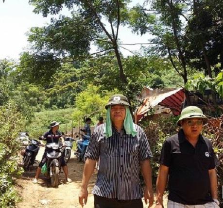 Thiếu tướng Hồ Sỹ Tiến đến hiện trường vụ thảm sát ở Yên Bái 2