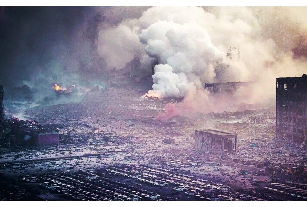 Toàn cảnh vụ nổ Trung Quốc: Thiên Tân tang thương, nguy hiểm còn rình rập 1