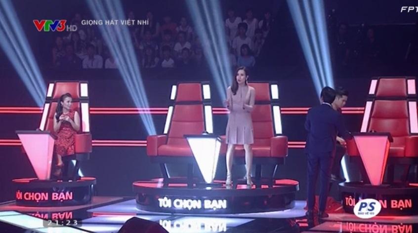 Giọng hát Việt nhí 2015 tập 5: Hồ Hoài Anh thán phục trước giọng hát cô bé ốc tiêu 3