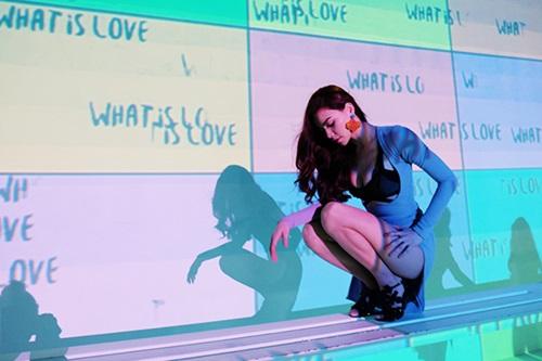 Hồ Ngọc Hà lại gây 'sốt' với MV hoành tráng giữa bão scandal 6