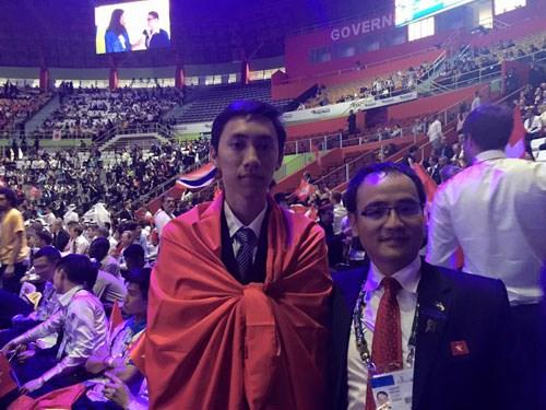 Hình ảnh Việt Nam lần đầu giành huy chương tại Kỳ thi tay nghề thế giới 2015 số 1