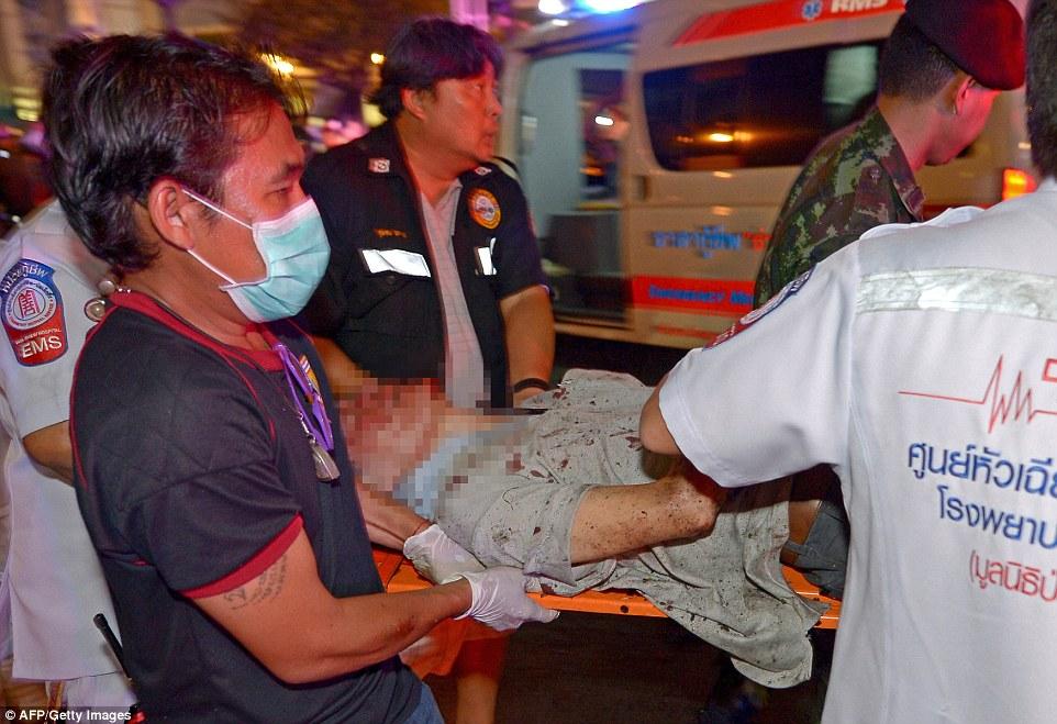 Nổ ở Bangkok: Xuất hiện người phụ nữ bí ẩn, hiện trường tang thương 4