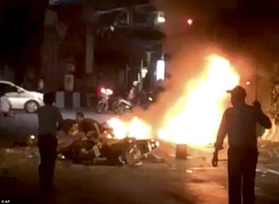 Nổ ở Bangkok: Xuất hiện người phụ nữ bí ẩn, hiện trường tang thương 6