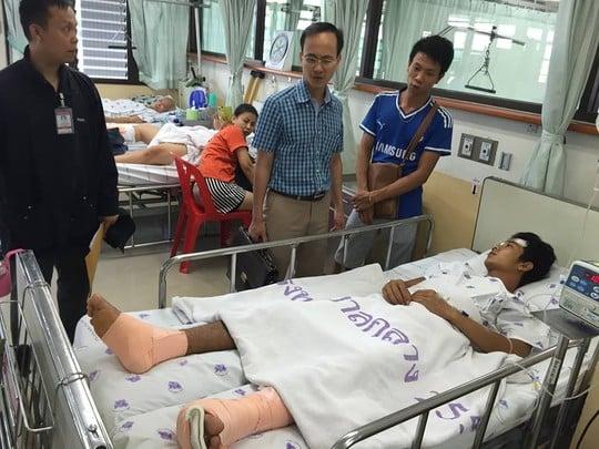 Vụ nổ bom kinh hoàng Bangkok: Danh tính công dân Việt bị thương 1