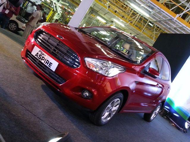 Phát sốt ô tô Ford 'mới cứng' giá 167 triệu đồng 1