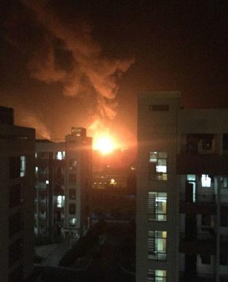 Nhà máy Trung Quốc lại bốc cháy sau vụ nổ ở Thiên Tân 3
