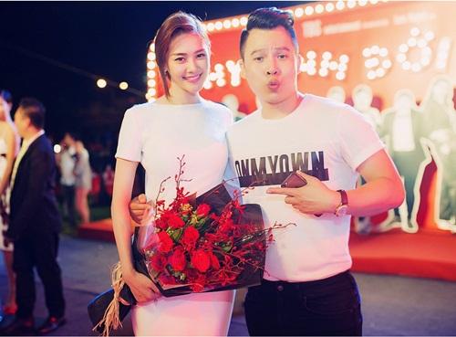 Linh Chi rạng ngời trong buổi ra mắt phim của Trần Bảo Sơn 6