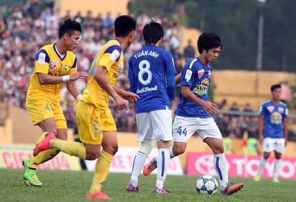 Công Phượng lần thứ 2 đối đầu với đội bóng quê hương 1