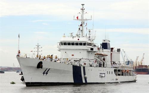 Tàu Lực lượng Bảo vệ bờ biển Ấn Độ thăm Tp Hồ Chí Minh 1