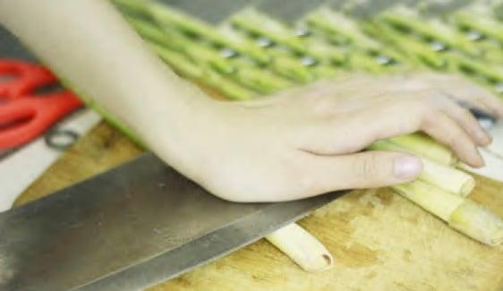 Cách nấu lẩu hải sản chua cay thơm ngon đơn giản tại nhà 8