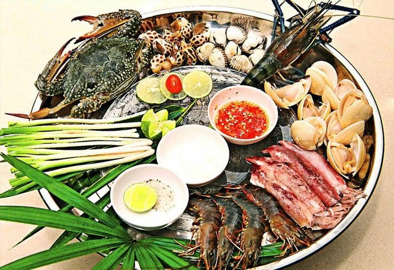 Cách nấu lẩu hải sản chua cay thơm ngon đơn giản tại nhà 1