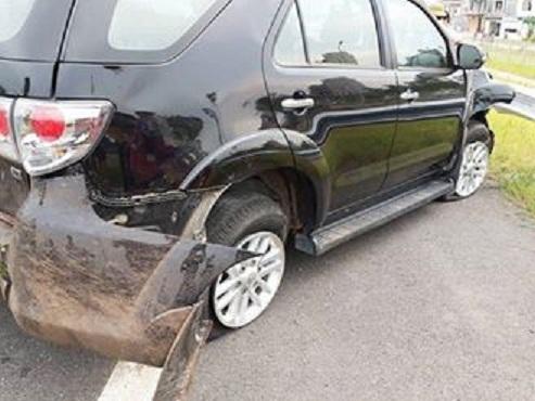 Tai nạn nghiêm trọng trên đường ra sân bay Nội Bài 2