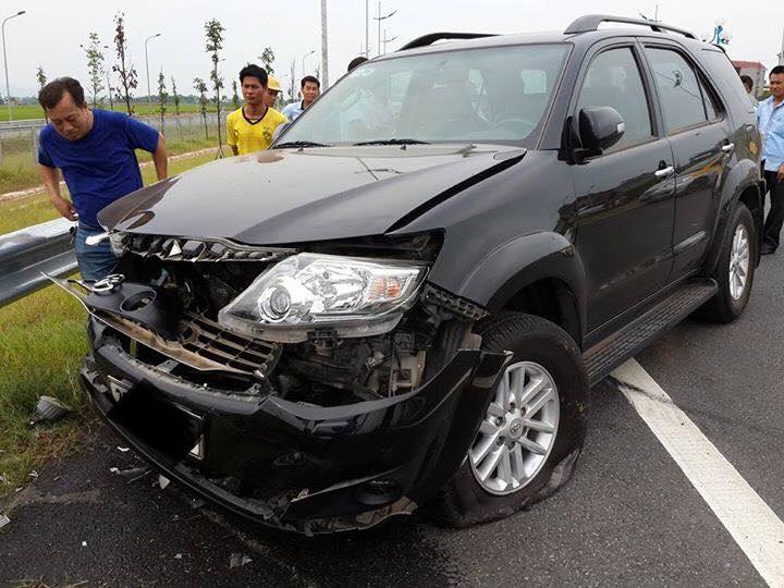 Tai nạn nghiêm trọng trên đường ra sân bay Nội Bài 5