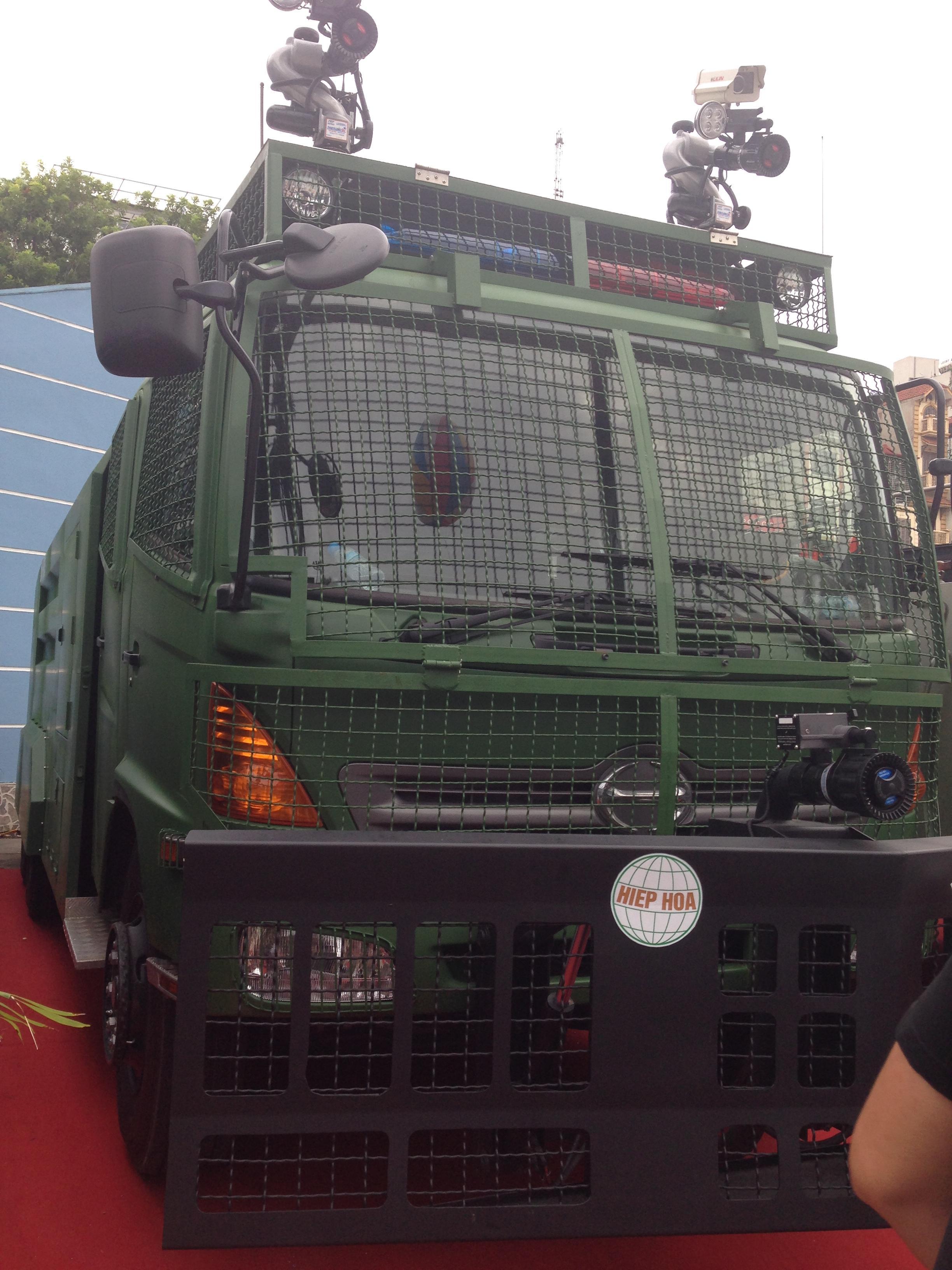 Cận cảnh dàn xe đặc chủng của lực lượng vũ trang Việt Nam 4