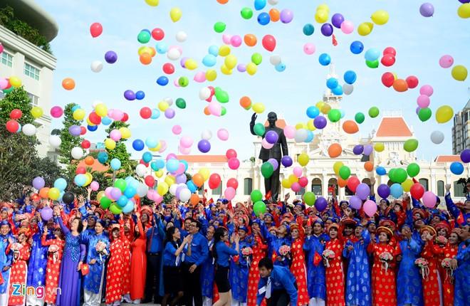 Lễ cưới tập thể 100 cặp đôi trong lễ Quốc khánh ở TP.HCM 4