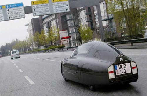 Cận cảnh ô tô 1 chỗ ngồi giá hơn 13 triệu đồng 2