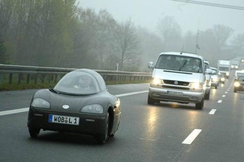 Cận cảnh ô tô 1 chỗ ngồi giá hơn 13 triệu đồng 4