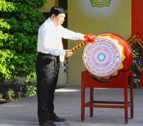 Ngắm nét đẹp tinh khôi của nữ sinh trường Phan Bội Châu ngày khai giảng 2