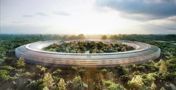 """Video: Trụ sở """"phi thuyền hạ cánh"""" giữa thiên nhiên của Apple 1"""