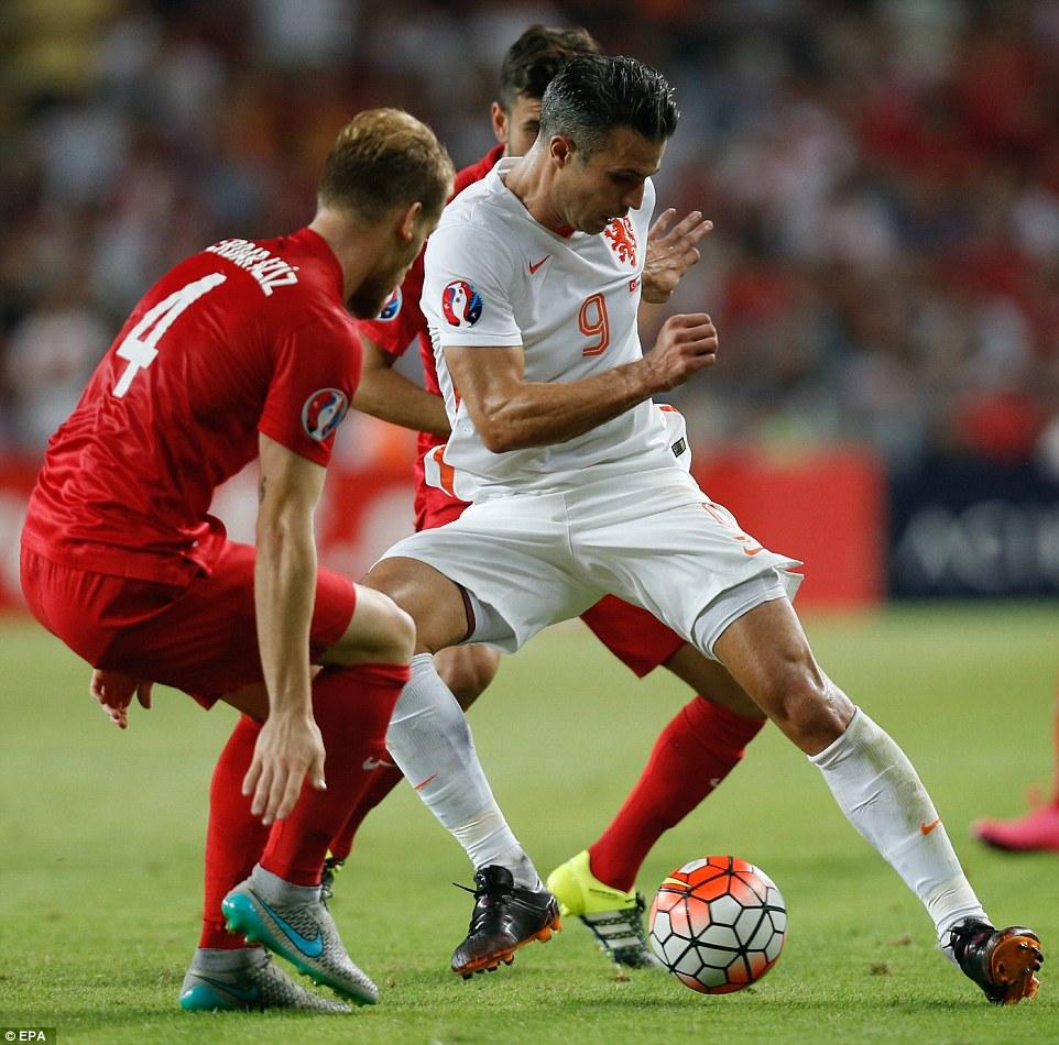 Thua thảm Thổ Nhĩ Kỳ, Hà Lan nguy cơ vắng mặt tại Euro 2016 2