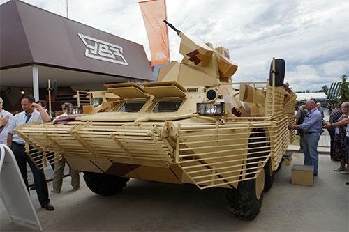 Choáng ngợp dàn vũ khí hoành tráng của Nga tại RAE-2015 4