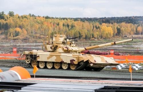 Choáng ngợp dàn vũ khí hoành tráng của Nga tại RAE-2015 6