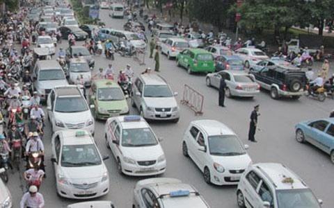 Hình ảnh Cước vận tải giảm nhỏ giọt: Bộ trưởng Thăng vào cuộc số 1