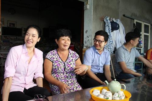 Thu Phương giản dị về thăm nhà cũ tại Hải Phòng 7