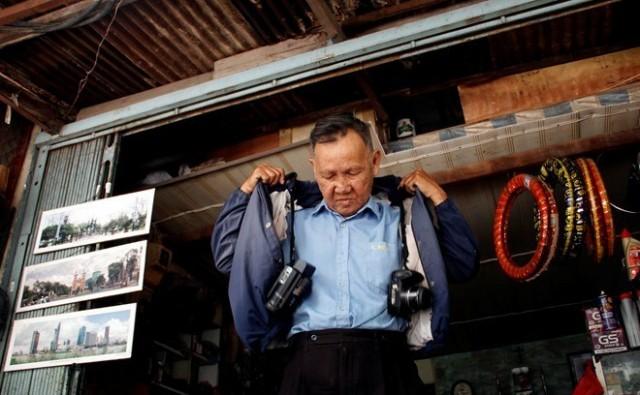 Cụ ông 85 tuổi phượt xuyên Việt bằng xe máy cà tàng 7