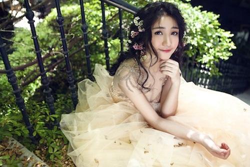 Hòa Minzy xinh như công chúa sau ồn ào scandal tình cảm với Công Phượng 4