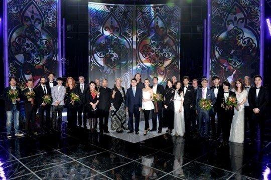 Lee Young Ae dẫn đầu làn sóng Hallyu tại Seoul Drama Award 2015 1