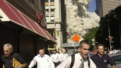Những bức ảnh đáng sợ trong vụ khủng bố 11/9 10