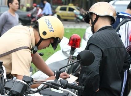 Tăng mức phạt vi phạm giao thông gấp nhiều lần? 1