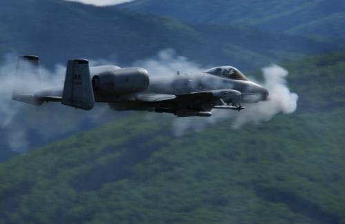 Máy bay A-10 Thunderbolt II của Mỹ và 10 điều bạn có thể chưa biết về 1