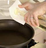 Cách làm bánh bột mì rán chiên giòn thơm ngon đơn giản 6
