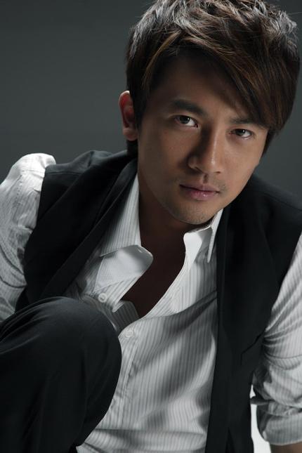 Dàn diễn viên Hoàn Châu cách cách sau gần 20 năm nhìn lại 11