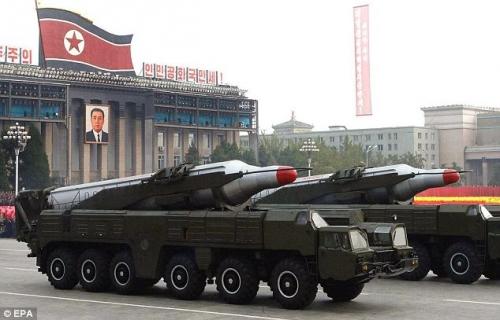 Kim Jong Un sẽ chỉ định địa điểm phóng hàng loạt vệ tinh 1