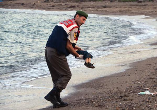 Những bức hình ám ảnh nhất về khủng hoảng nhập cư châu Âu 1