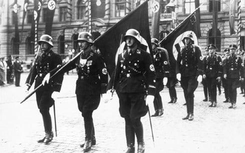 Lính Đức Quốc xã dùng ma túy đá để hưng phấn khi xung trận 1
