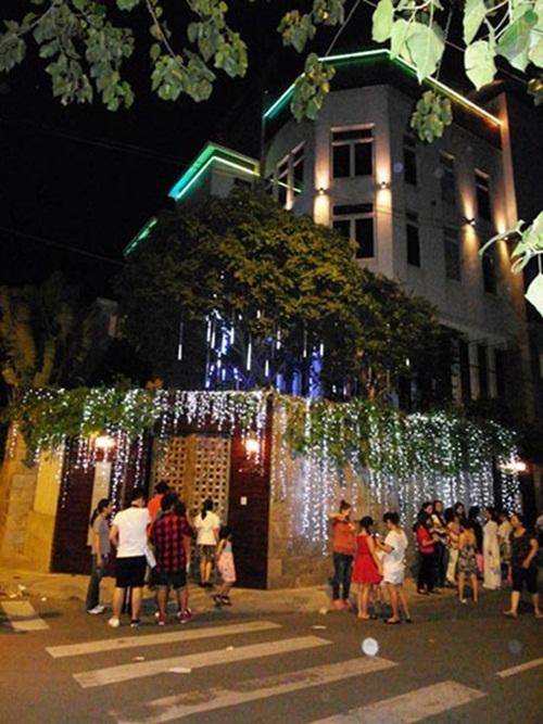 Khám phá biệt thự xa hoa của 4 vị HLV Giọng hát Việt 2