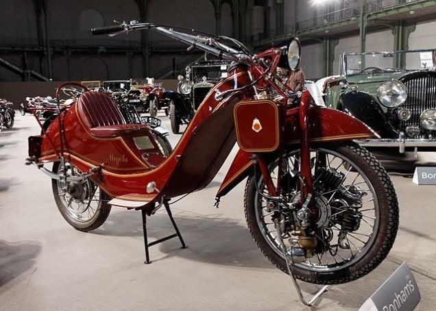 Những mẫu xe mô tô hình dáng kỳ dị nhất thế giới 7