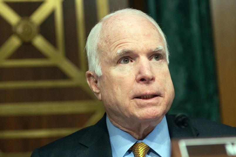 McCain: Mỹ nên giám sát trước tuyên bố của TQ trên Biển Đông 1
