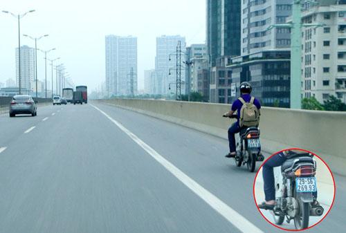 Thanh niên trong clip đi xe máy trên đường cao tốc bị phạt nguội 1,4 triệu đồng 1
