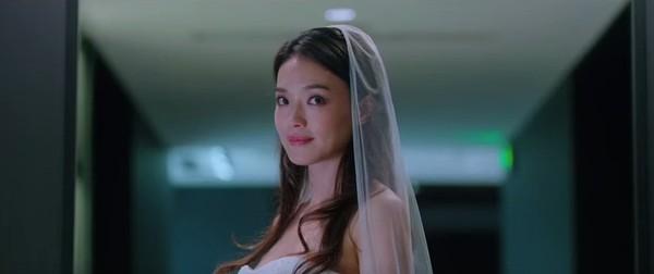 Thư Kỳ đẹp tinh khôi khi mặc váy cưới bên 'người tình trẻ' 2