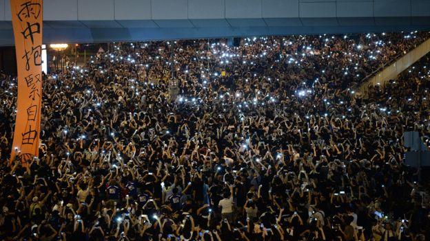 Chứng sợ không có điện thoại ở Việt Nam và trên thế giới 1