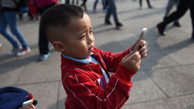 Chứng sợ không có điện thoại ở Việt Nam và trên thế giới 2