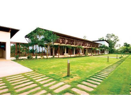 Đọ căn nhà vườn lộng lẫy của hai diva Hồng Nhung và Mỹ Linh  7