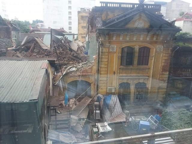 Vụ sập nhà cổ ở Hà Nội: Lời kể của nhân chứng 1