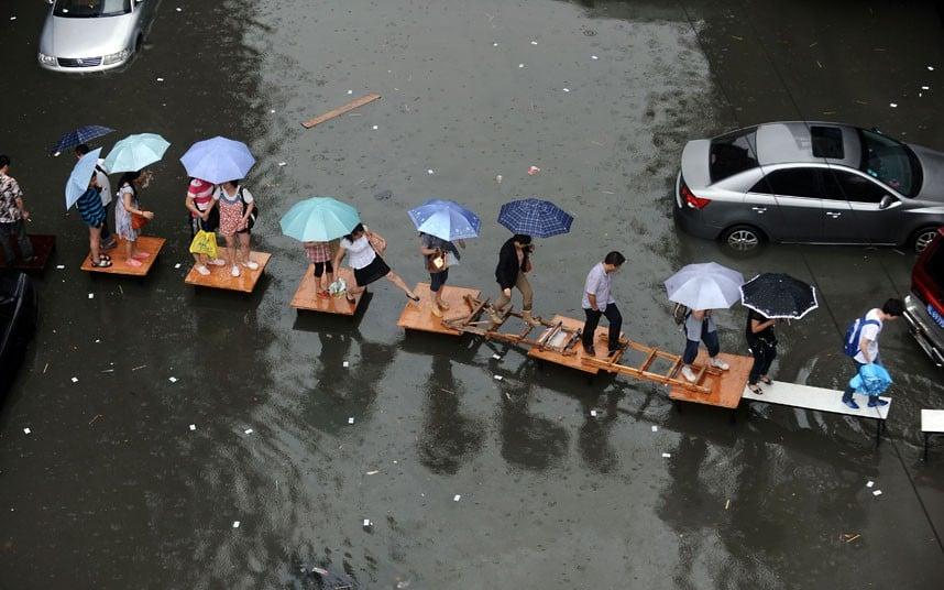 Lũ sạch ở Tokyo, lụt...