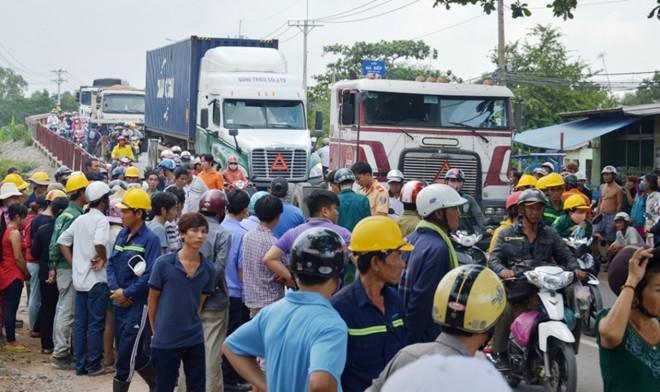 Tai nạn giao thông, cụ bà bị xe container cán tử vong 1